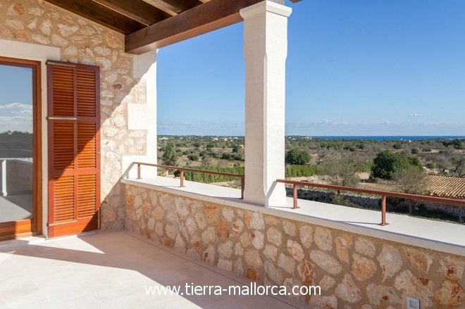 The pool has a length of 18 meters and is located next to the outdoor kitchen with BBQ and bathroom with shower.